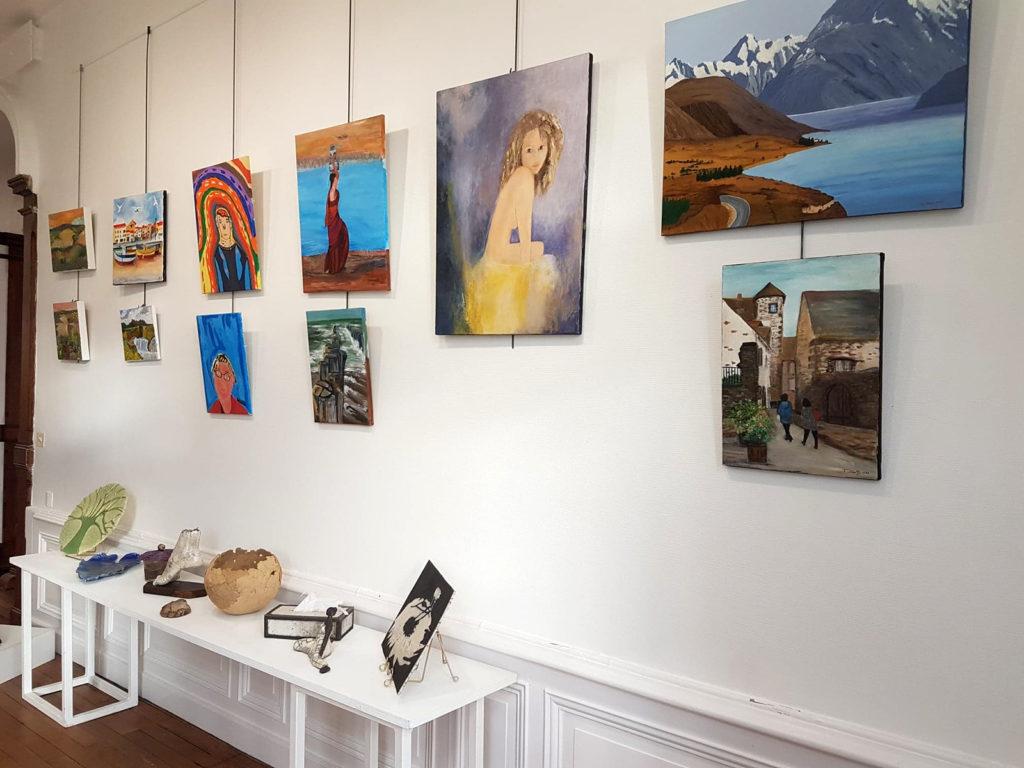 expo 2020 peinture et diverses réalisations poterie de saint porchaire